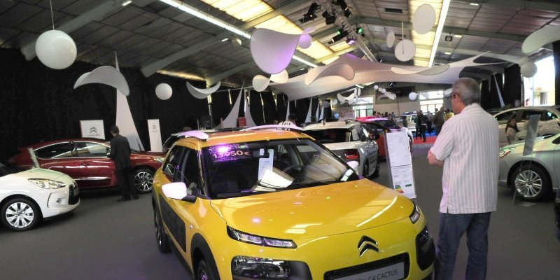 Juillet-Aout 2015 : une légère baisse des prix des voitures neuves